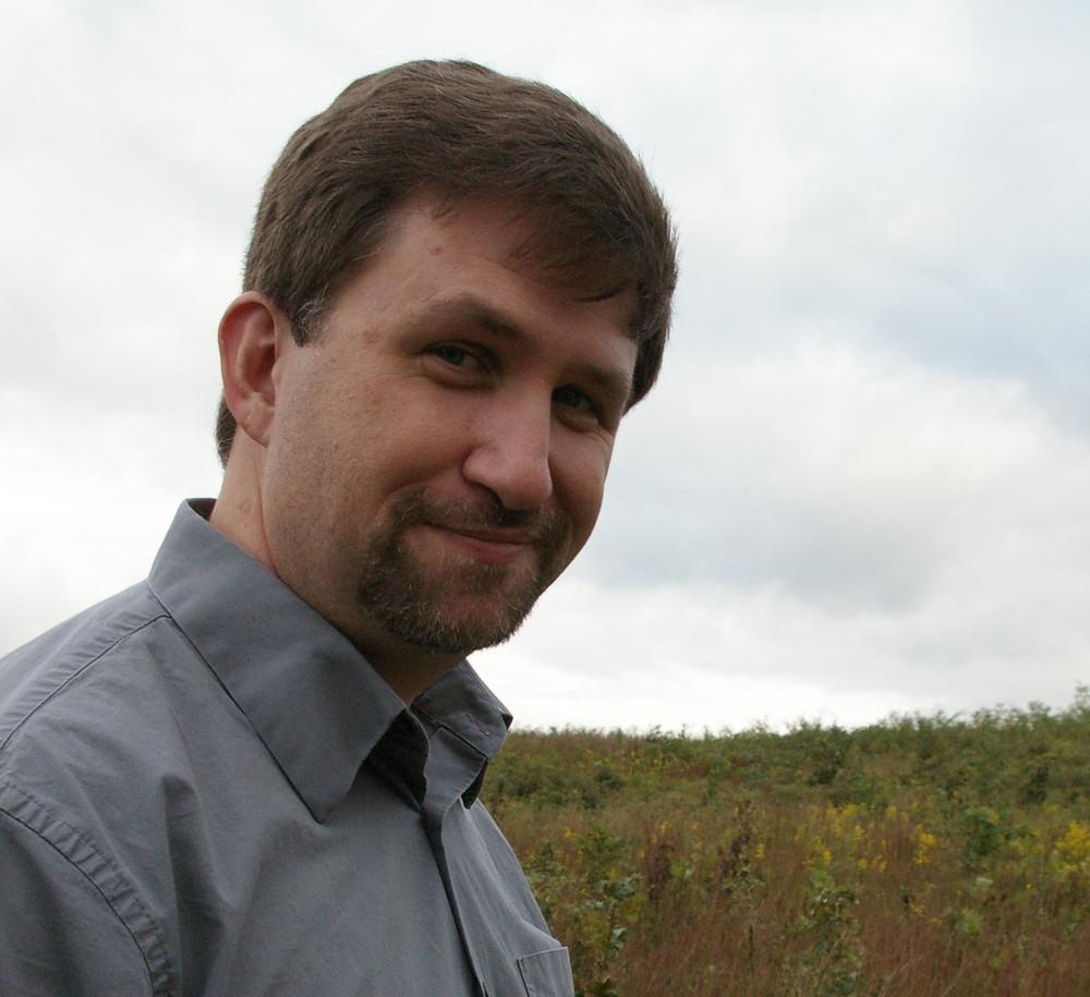 Author photo - Mackowski