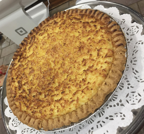 "All natural cultured light buttermilk, European style butter and fresh eggs create the perfect custard.  Freshly milled pastry flour makes the crust unbelievably flaky. Each pie is 10"" and serves 8-10 slices."