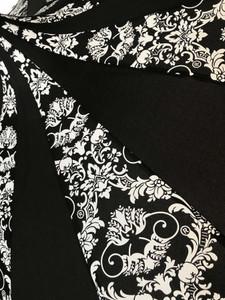 Umbrella - Black and white damask