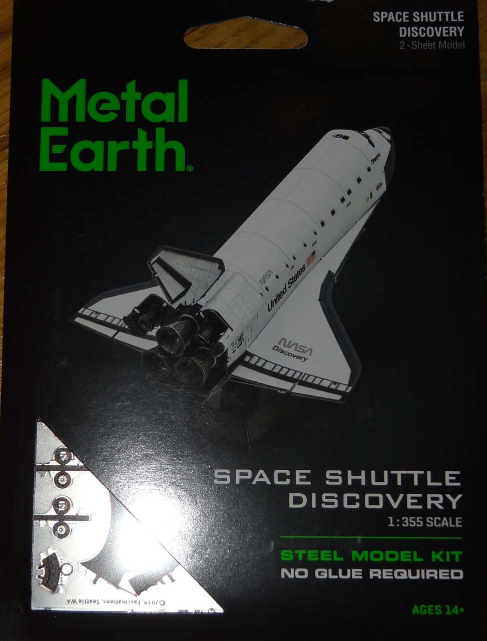 Space Shuttle Discovery Metal Earth 3D Model Kit FASCINATIONS