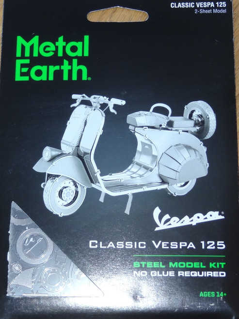 Classic Vespa 125 Metal Earth
