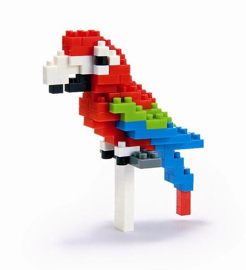 Red & Green Macaw Nanoblock