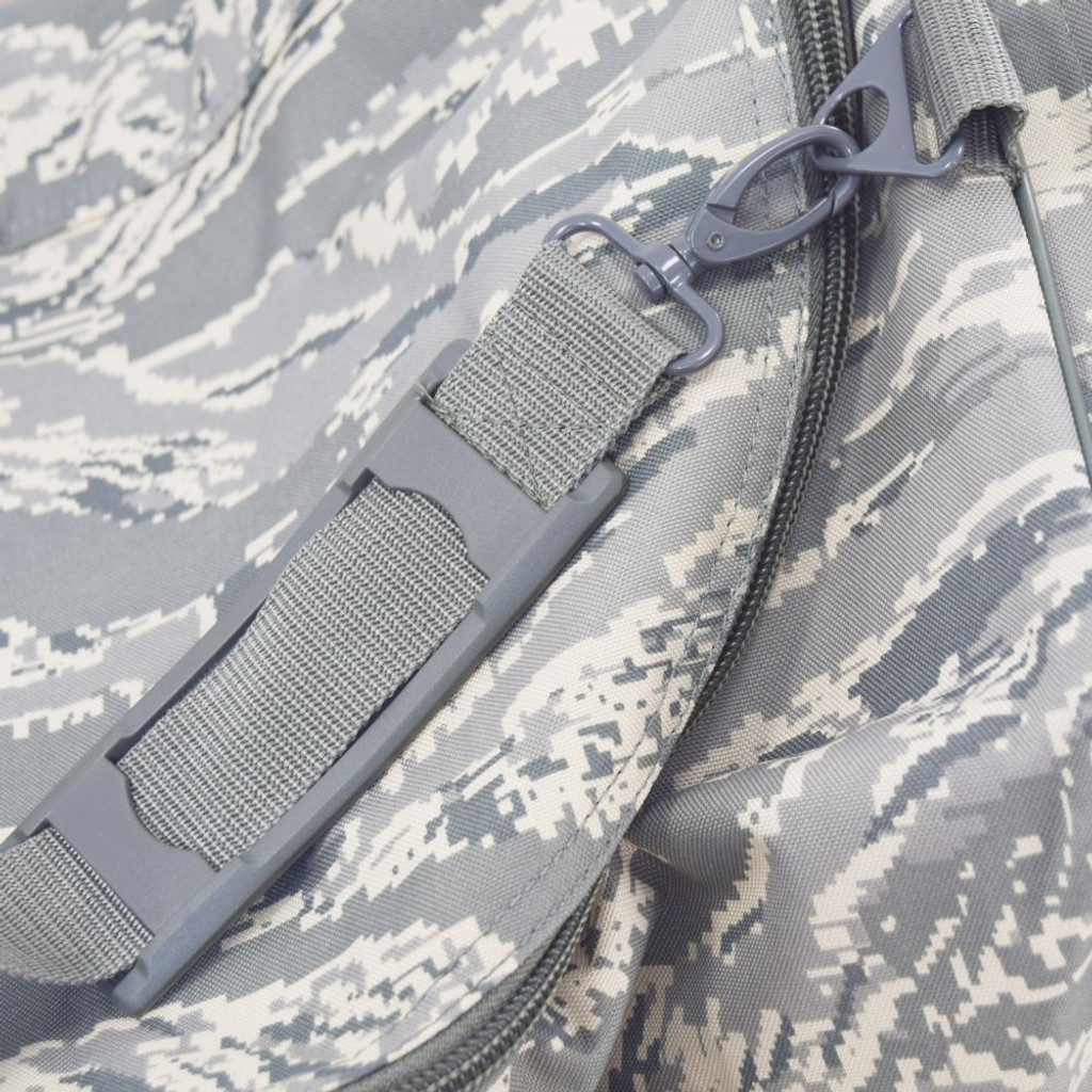 Adjustable, detachable shoulder strap
