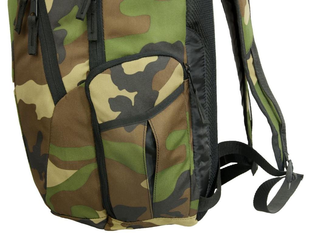 Side zippered pocket