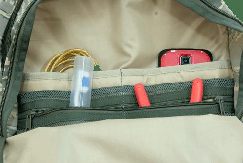 Center zip pocket has inside zipper & slip-in pockets