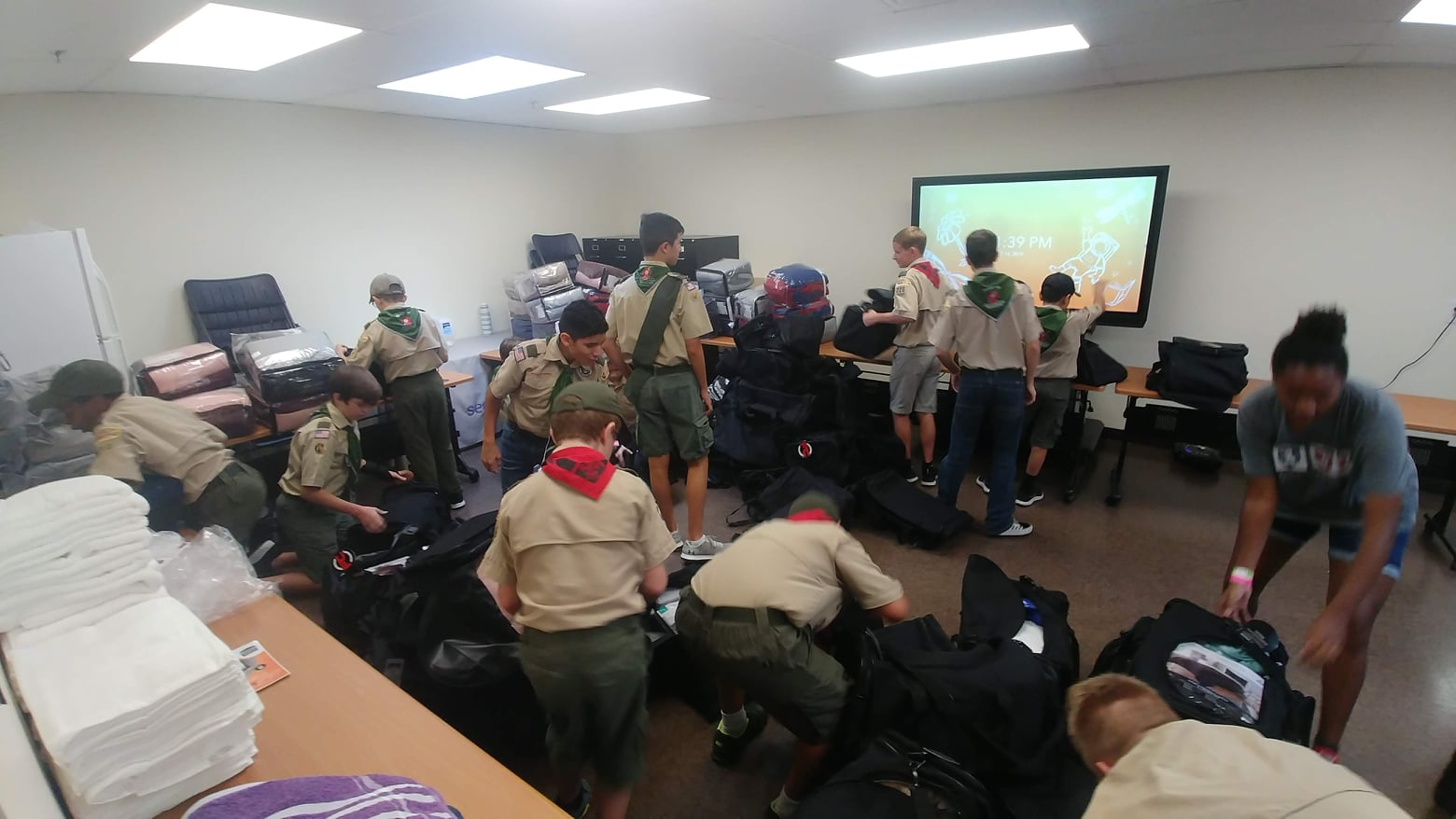 roy-maas-eagle-scout-day-1-bags-donation-2.jpg