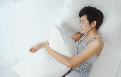 CBD Oil & Melatonin—Should I Combine Them for Sleep Aid?