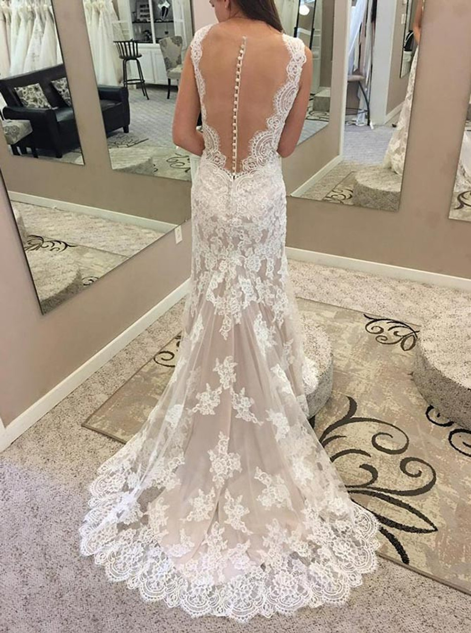 Appliques Illusion Back Lace Mermaid Round Neck Wedding Dress