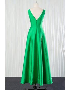 079d2370eae ... Long Green Satin V Neck Bridesmaid Dress