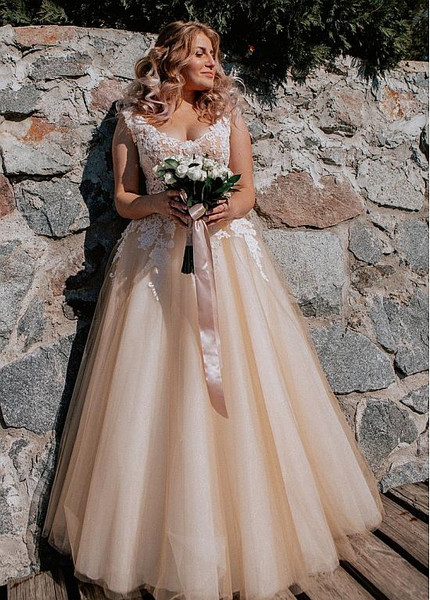 Tulle V-neck Champagne Appliques A-line Wedding Dress