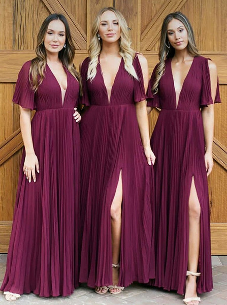 53501530352 Long V-Neck Pleats Dark Red Chiffon Split Bridesmaid Dress