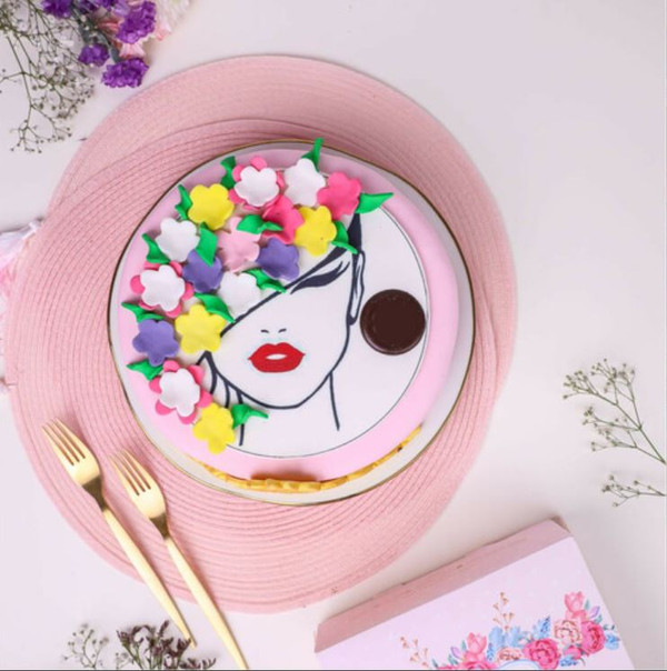 Customized Cake