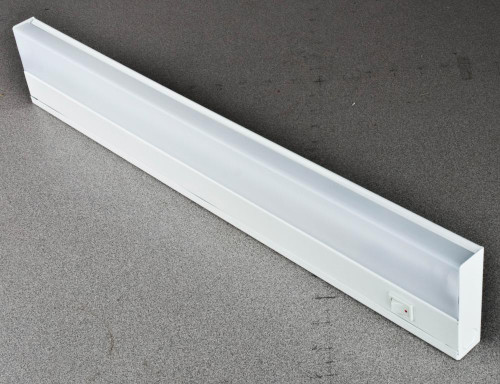 21 Inch 13W Under Cabinet Lt Elec White-F9821-30 by Sunset Lighting