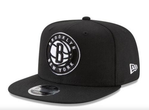 Brooklyn Nets - SNAP BACK - NEW ERA  - BLACK and WHITE