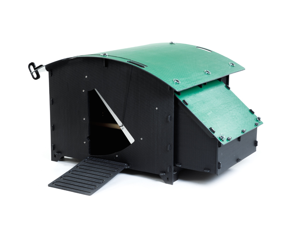 Recycled_Plastic_Chicken_Coop_House_Large_8-15_Chickens-Door Open_(CH03)