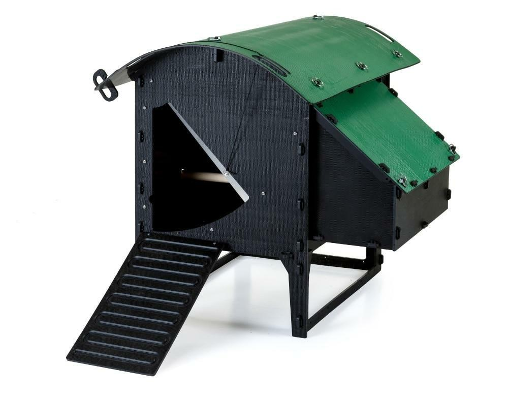 Recycled_Plastic_Chicken_Coop_Lodge_Small_5-9_Chickens