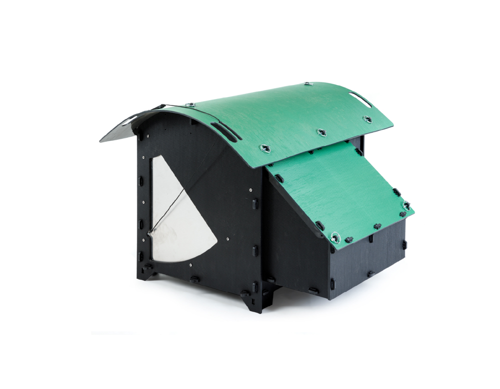 Recycled_Plastic_Chicken_Coop_Medium_House_5-9_Chickens_Green_Door_Closed