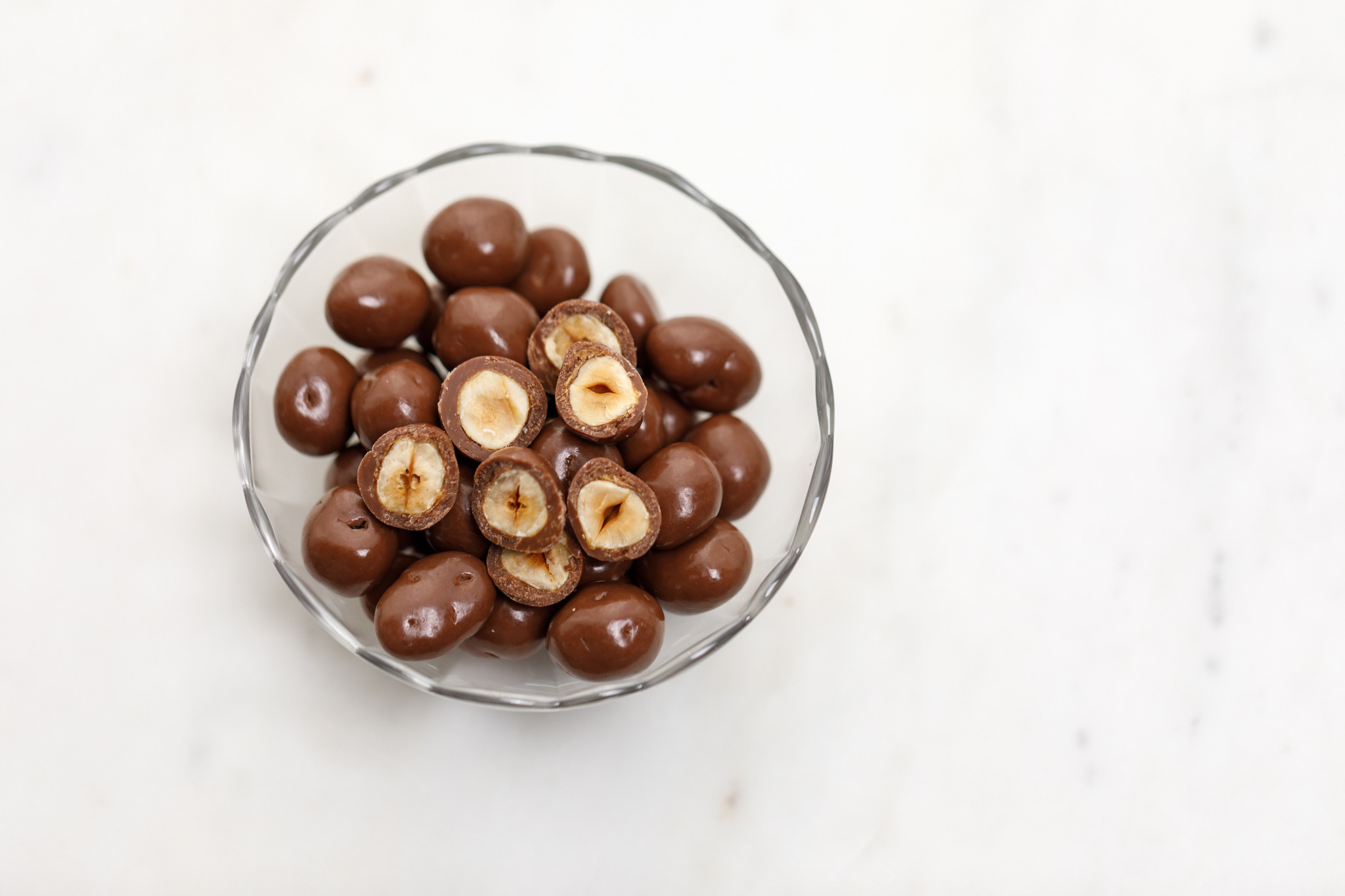 Milk Chocolate Caramelized Hazelnut Drops