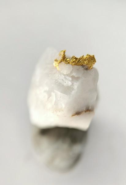 Crystalline Gold in quartz,   Berringa Victoria Australia 20053