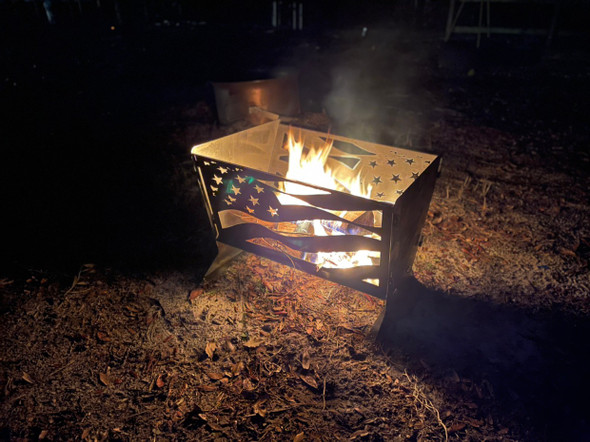 "24"" collapsible fire pit with American flag cut out"
