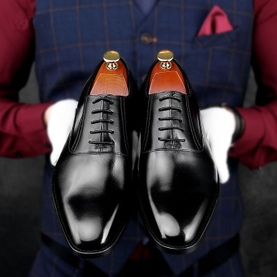 Smart dress shoes for men