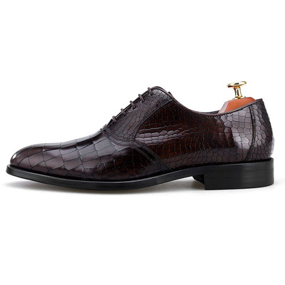Luxury leather shoes for men