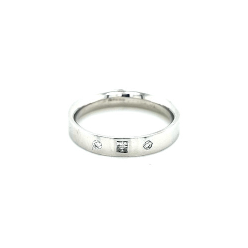 18ct White Gold Ring with Brilliant & Princess Cut Diamonds physical Eternity Rings Murray & Co.
