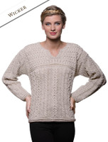 Women's Keyhole Crew Neck Sweater - Wicker