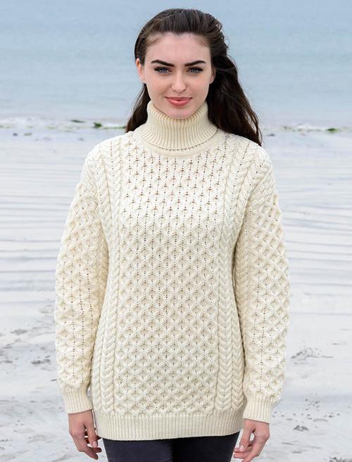 Women's Oversized Merino Turtleneck Sweater - Natural White