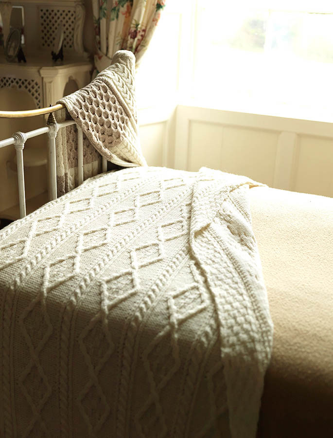 Diamond Aran Throw - Natural White