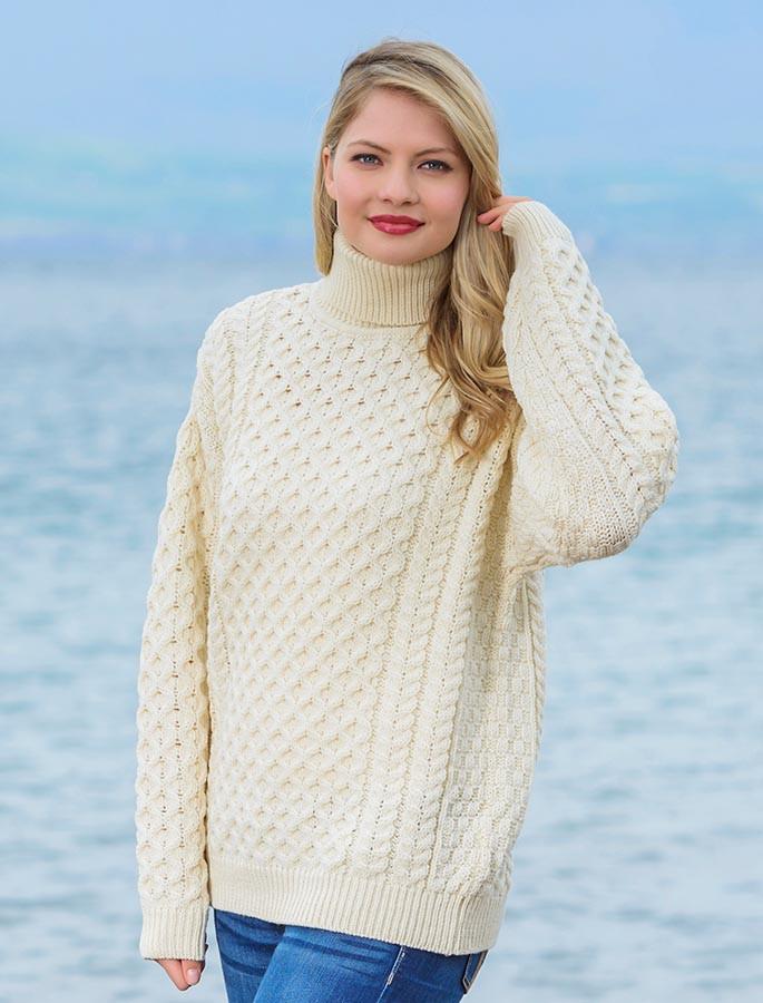 Merino Wool Turtleneck Sweater - Natural White