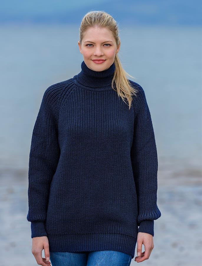 Women's Merino Ribbed Turtleneck Sweater - Navy