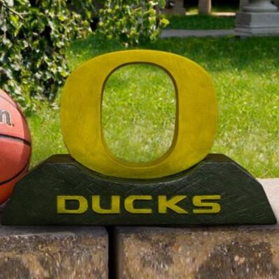 Oregon Ducks Mascot Garden Statue | Stonecasters | 2992HT