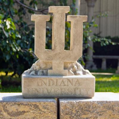 Indiana Hoosiers Vintage Mascot Garden Statue   Stonecasters   2997TR