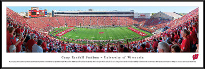 Wisconsin Badgers Standard Frame Panoramic Photo - 50 Yard Line | Blakeway | UWI3F