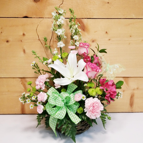 Making Memories (SCF18M09) by Savilles Country Florist.  Flower and Plant delivery to Orchard Park, NY and the surrounding area including same day delivery to Hamburg, West Seneca, East Aurora, Blasdell and Buffalo NY