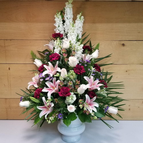 Cherished Memories (SCF18SY102) Sympathy Flower Arrangement for delivery to Funeral Homes and Churches throughout Buffalo NY, Orchard Park, West Seneca, Hamburg and East Aurora.