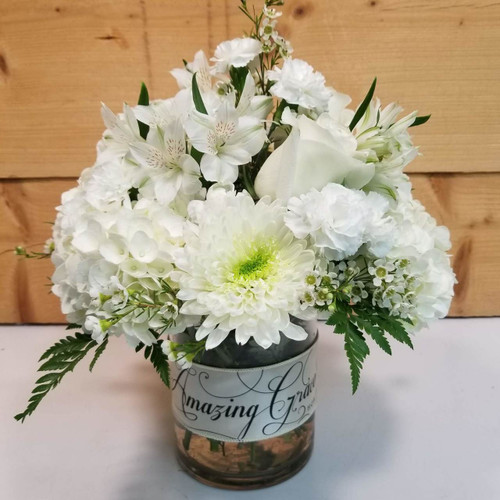 Amazing Grace (SCF18SY117) by Savilles Country Florist.  Flower and Plant delivery to Orchard Park, NY and the surrounding area including same day delivery to Hamburg, West Seneca, East Aurora, Blasdell and Buffalo NY