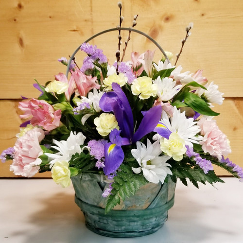 Spring Wishes (SCF19D22) by Savilles Country Florist.  Flower and Plant delivery to Orchard Park, NY and the surrounding area including same day delivery to Hamburg, West Seneca, East Aurora, Blasdell and Buffalo NY