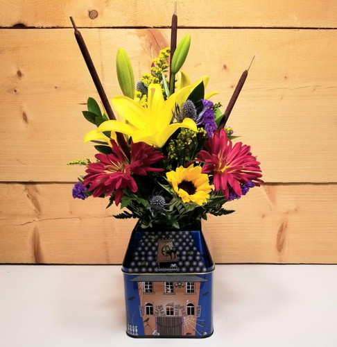 This Old House (SCF19F10) by Savilles Country Florist.  Flower and Plant delivery to Orchard Park, NY and the surrounding area including same day delivery to Hamburg, West Seneca, East Aurora, Blasdell and Buffalo NY