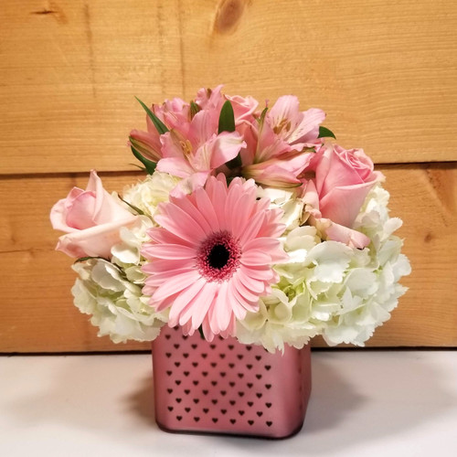 Deep Affection Cube Bouquet (SCF20D09) by Savilles Country Florist.  Flower and Plant delivery to Orchard Park, NY and the surrounding area including same day delivery to Hamburg, West Seneca, East Aurora, Blasdell and Buffalo NY
