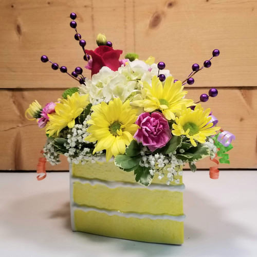 Low Cal Birthday Wish (SCF20D12) by Savilles Country Florist.  Flower and Plant delivery to Orchard Park, NY and the surrounding area including same day delivery to Hamburg, West Seneca, East Aurora, Blasdell and Buffalo NY