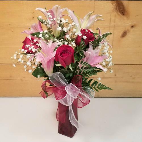 Graduation Vase Bouquet - Standard (SCF21GRAD2)