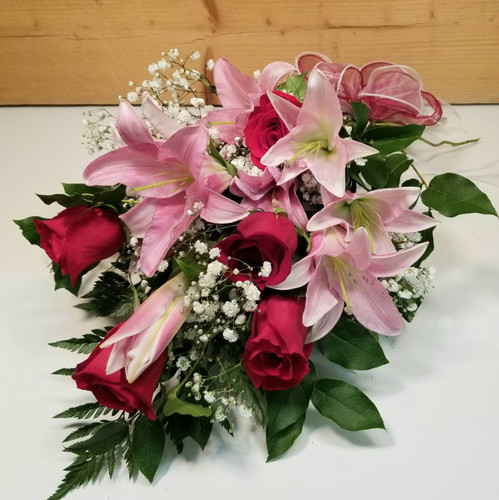 Graduation Wrapped Bouquet (SCF21GRAD3)