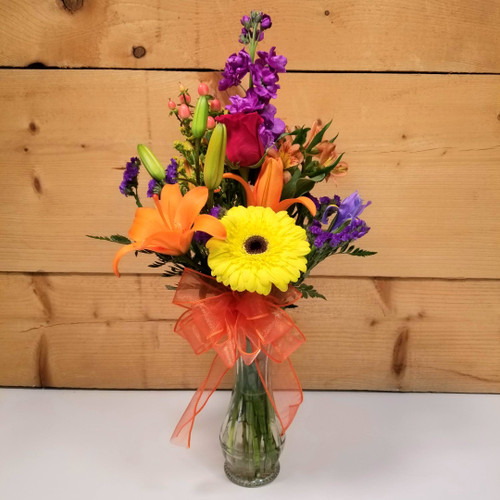 Autumn Breeze (SCF18F08) by Savilles Country Florist.  Flower and Plant delivery to Orchard Park, NY and the surrounding area including same day delivery to Hamburg, West Seneca, East Aurora, Blasdell and Buffalo NY
