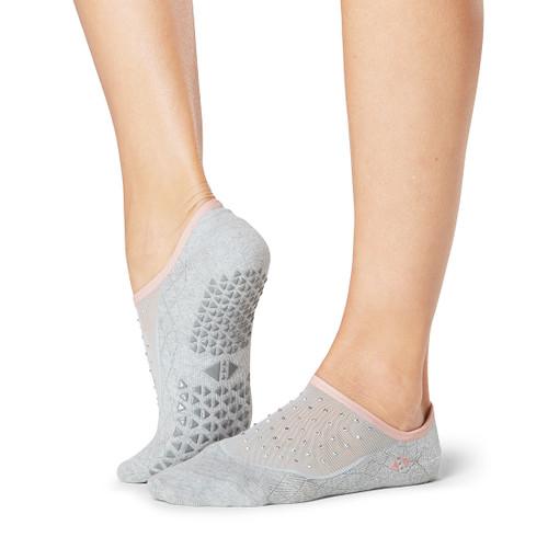 socks for pilates by tavi noir