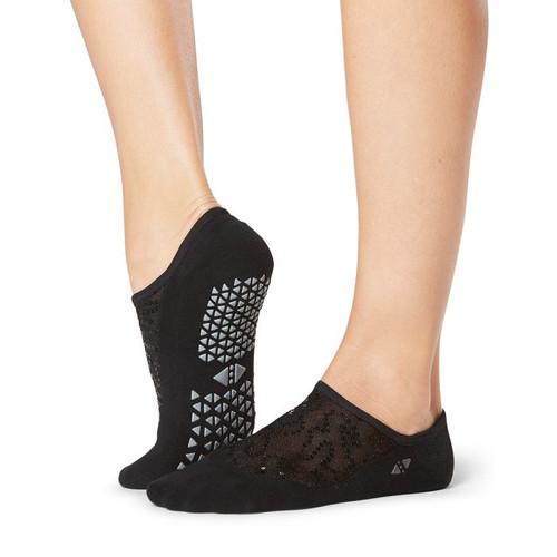 tavi noir socks for pilates and yoga workout