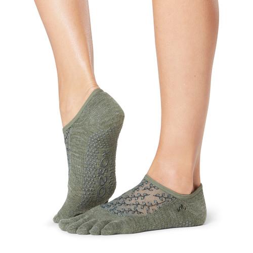 pilates socks olive colou with branch design