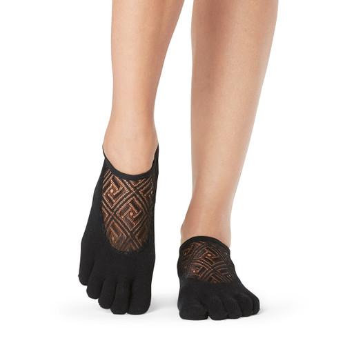 black pilates socks by toesox greece