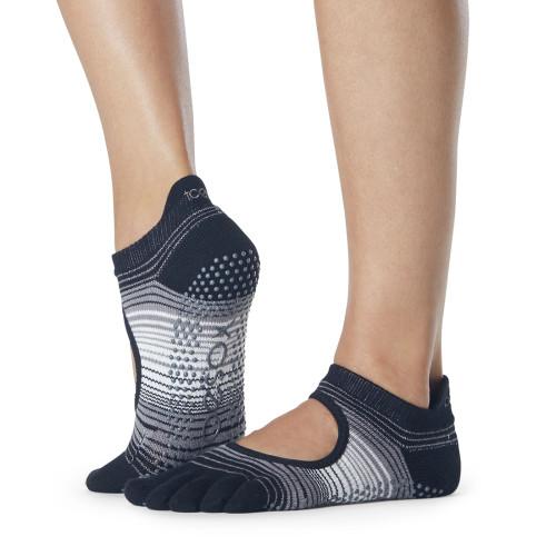black ad white striped toesox exercise socks